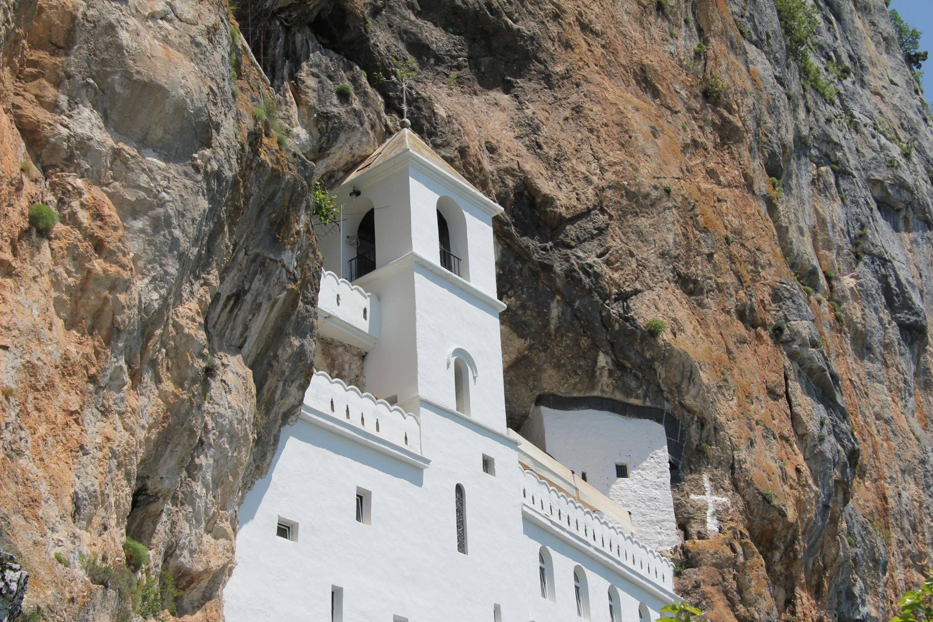 Ostrog - the most famous monastery in the Balkans 13
