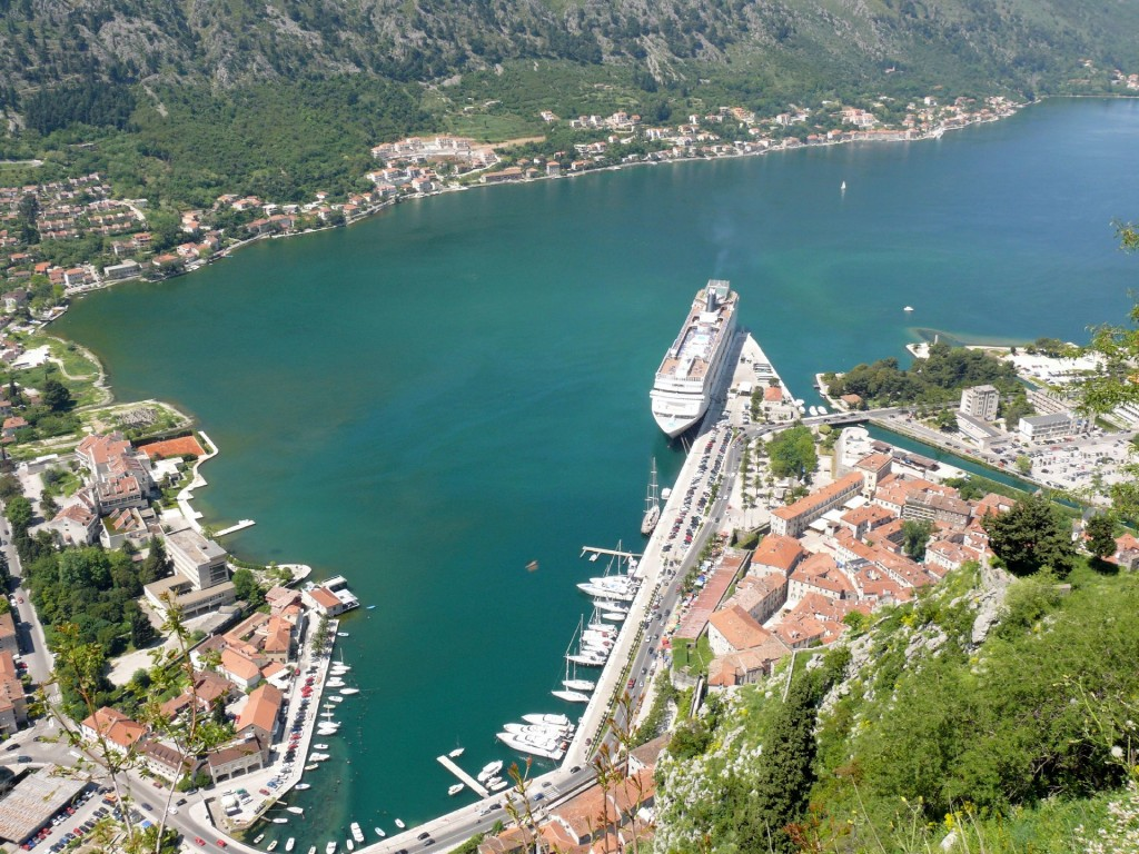 kotor city walls6