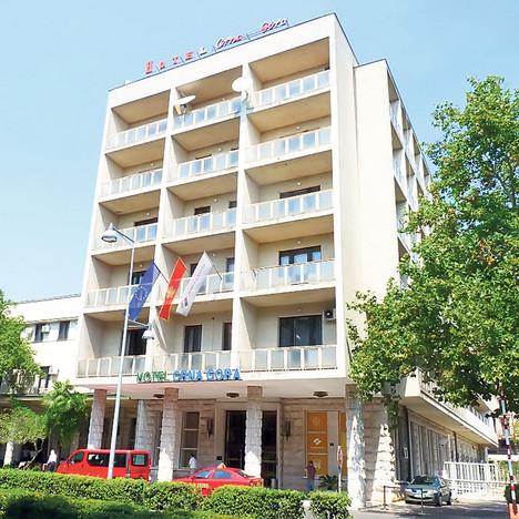 Hotel-Crna-Gora,-snimio,-N-(2)
