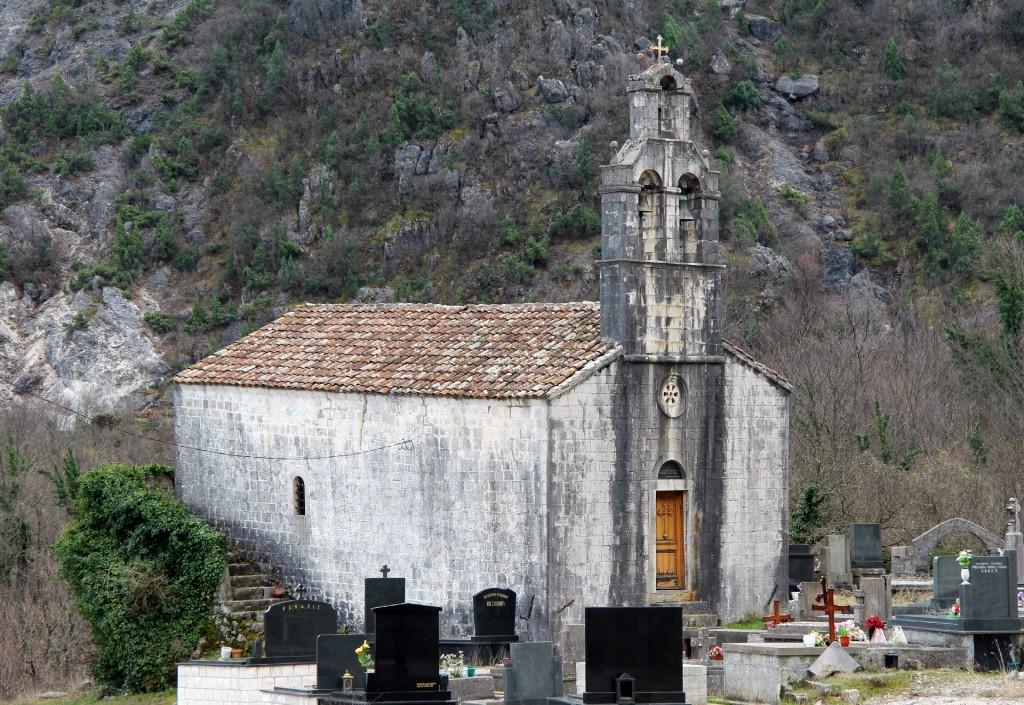 Nikac Sv. Nikola church