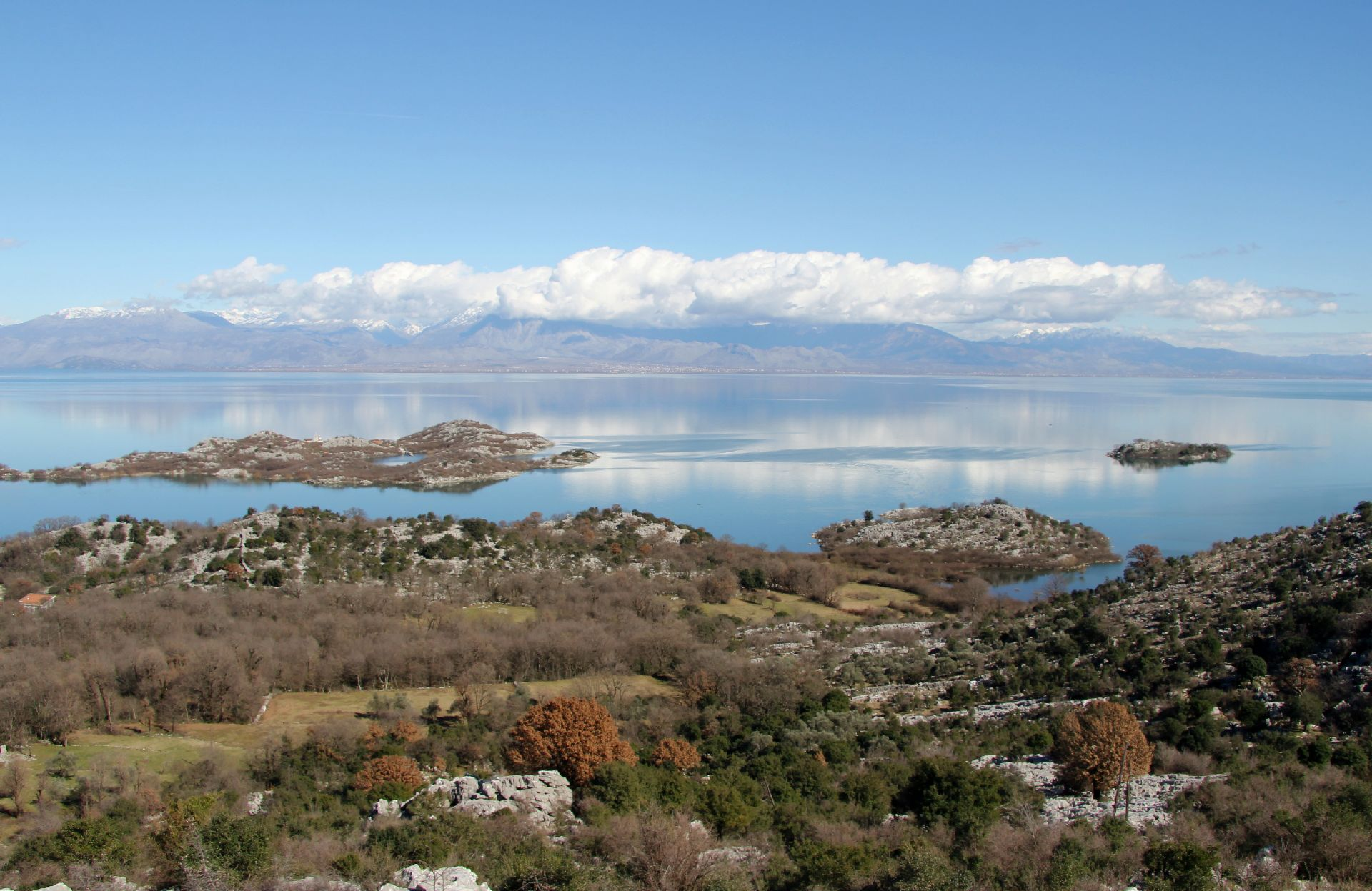 Skadar Lake western shore1