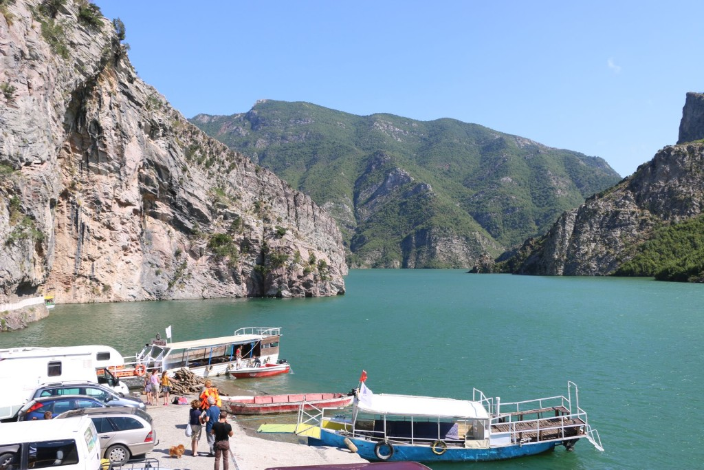 Komani Lake3