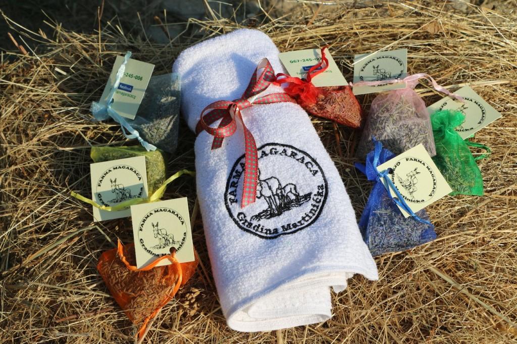 Donkey farm4a Martinici souvenirs