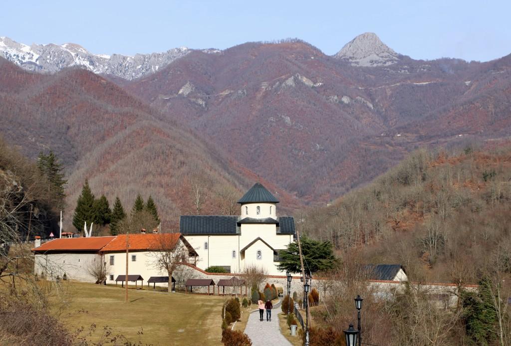 Moraca monastery7a