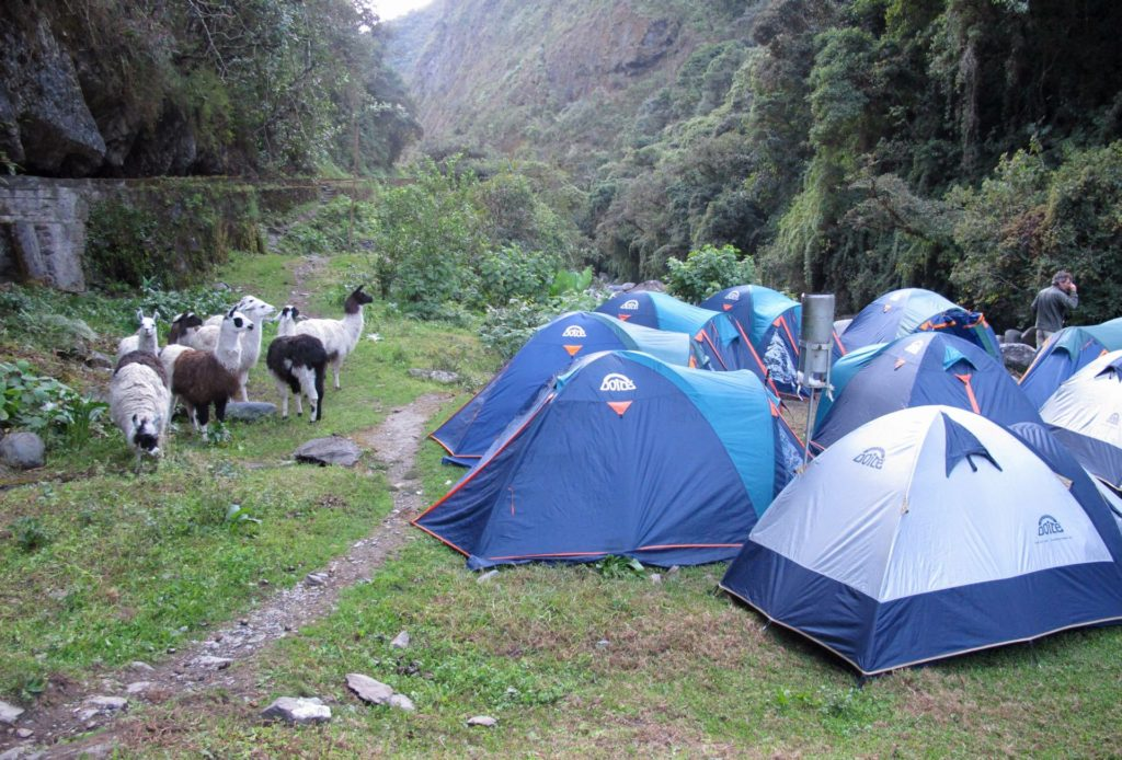 Takesi trail campsite