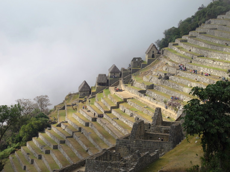 history of machu picchu Machu picchu history after the conquest of peru by the spanish, the rebellious inca manco capac ii secretly slipped away from cusco in the night and retreated northwest beyond ollantaytambo and into the depths of the jungle where he established a town called vilcabamba.