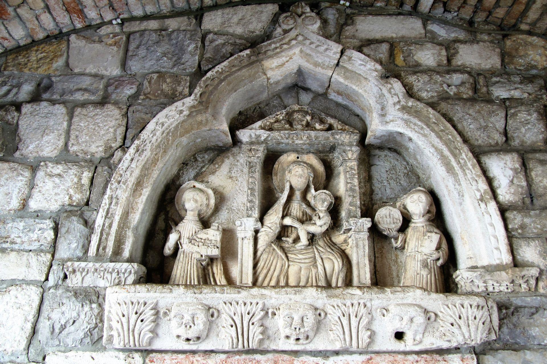Relief main gate Kotor