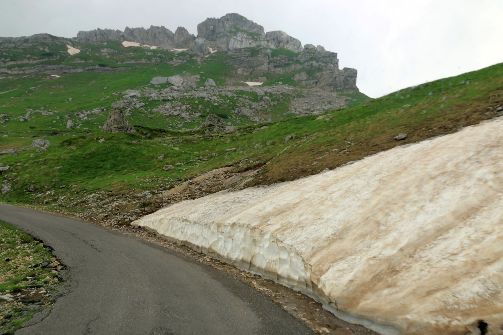 Durmitor snow in June