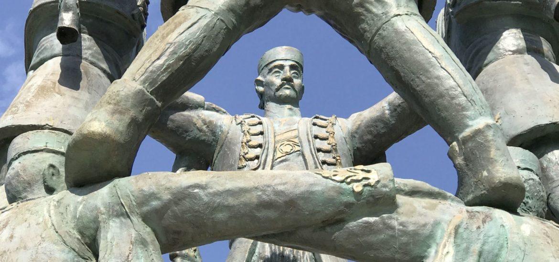 Oro statue 2 Podgorica
