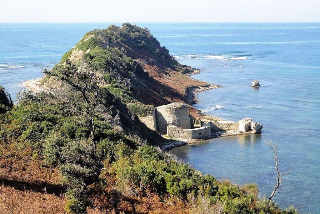 Cape of Rodon castle
